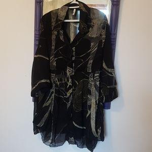Versatile flowy blouse